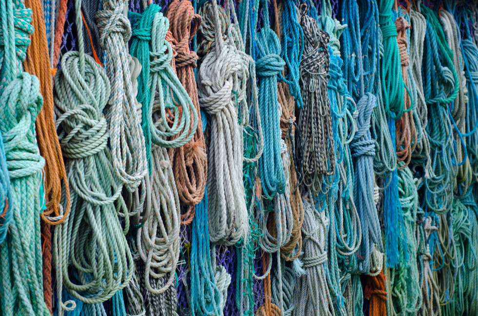 colorful-ropes-free-license-CC0-980x649